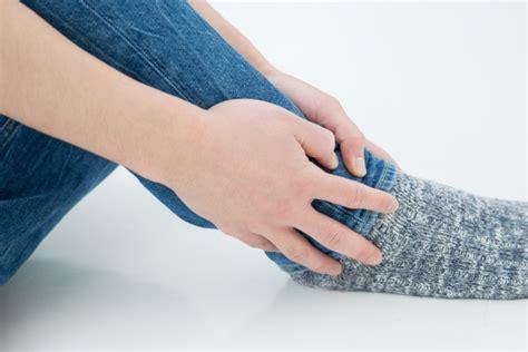 足 の 疲れ を とる 方法