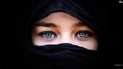 blue eyes black background hijab arab women wallpapers
