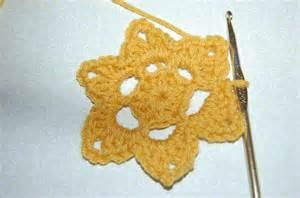 Beginner Crochet Flower Patterns