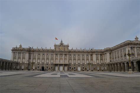 turisti per caso madrid palacio real madrid viaggi vacanze e turismo turisti