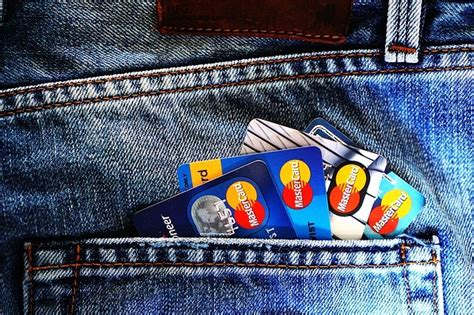 Get $200 bonus, up to 5% cash back, or no annual fee. All about Credit Cards and 7 reasons why should You Own One?   Stimulant Post