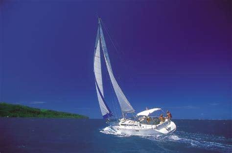 south pacific charter yacht sailing  raiatea