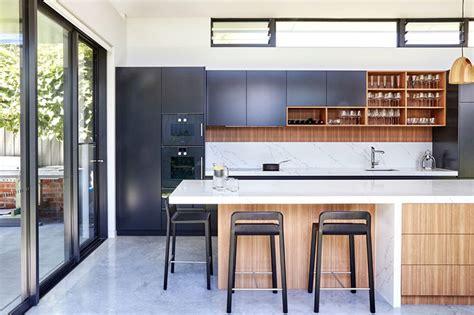 cozinhas planejadas  muita iluminacao natural