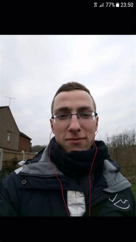 Ģimene izmisumā: Anglijā pazudis Deniss - manaOga.lv