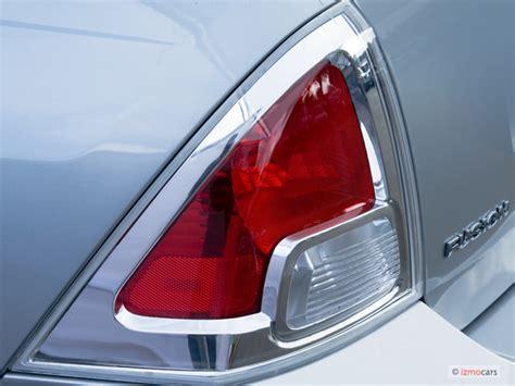 2007 ford fusion tail light image 2006 ford fusion 4 door sedan v6 se tail light