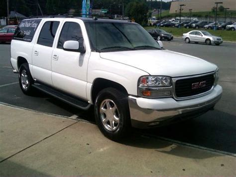 repair voice data communications 2005 gmc yukon xl 2500 instrument cluster service manual how to install 2004 gmc yukon xl 1500 shift cable service manual how to