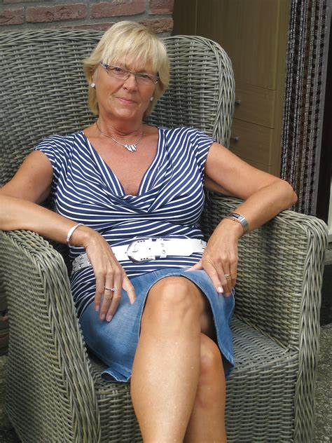 dutch Granny Amateur 65 Years Old 34 Pics
