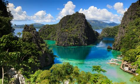 discover  untouched beauty   philippines  turquoise