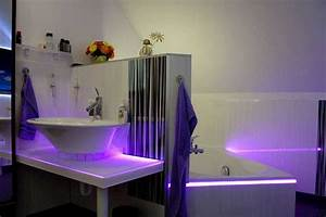 Led Beleuchtung Im Bad : wir sind heller led ambientelicht im bad ~ Markanthonyermac.com Haus und Dekorationen