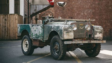 red land rover old jaguar land rover classic land rovers reborn funrover