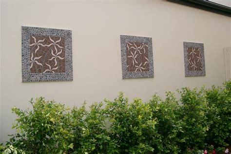 mosaik im garten ideen fuer mosaiktisch und gartendeko