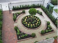 garden design ideas A Small Garden Victory, a Formal Plan - Making it Lovely