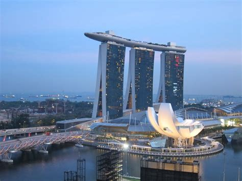 Photo Of Singapore Casino (boat Building) From