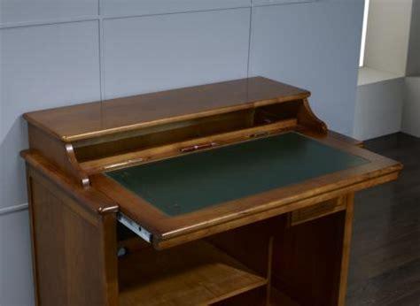bureau informatique en bois petit bureau informatique malorie en merisier de style