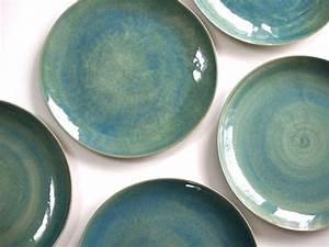 Keramik Geschirr Handgemacht : stoneware plates dinner set glazed in green ceramic plate pottery handmade stoneware ~ Frokenaadalensverden.com Haus und Dekorationen