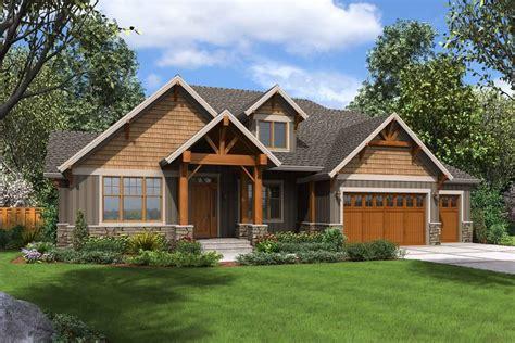 beautiful craftsman style house plan  bladenboro