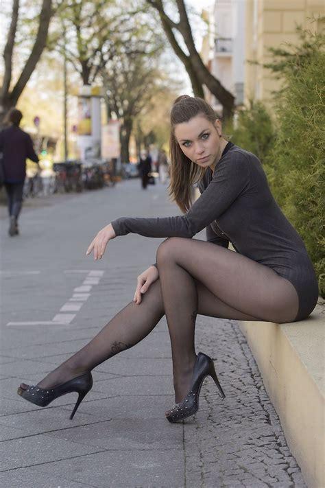 Nice leg sex in pic