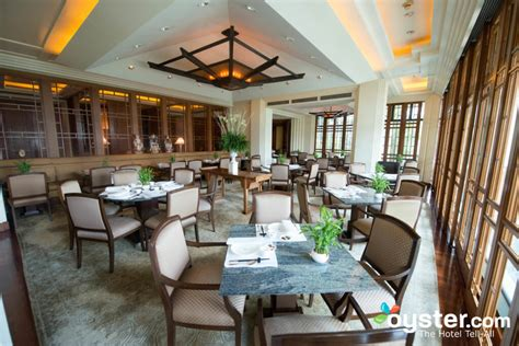 peninsula bangkok review    expect