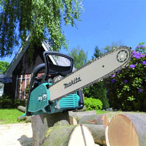 hire landscaper landscaper for hire 28 images why you should hire a professional landscaper to help with