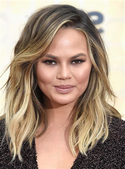 2019 latest medium hairstyles for chubby face