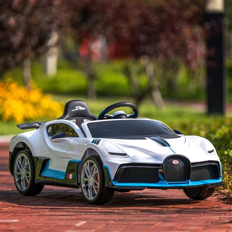 Exclusive edition paying tribute to legendary french pilots. Uenjoy 12V Licensed Bugatti Divo Kids Ride On Car Electric ...
