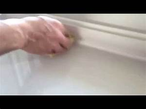 Enlever Un Joint Silicone : nettoyer colle de joint de carrelage astuce doovi ~ Melissatoandfro.com Idées de Décoration