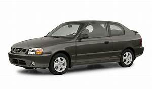 2002 Hyundai Accent Overview