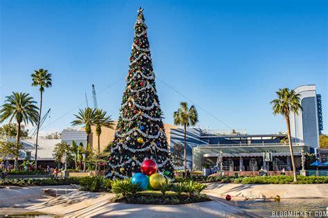 holiday decorations debut  echo lake  disneys