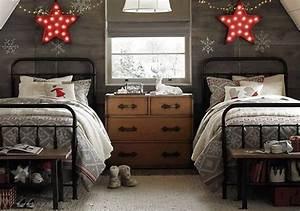 Two Beds Christmas Room Decor