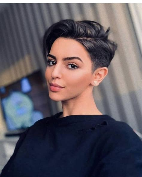10 Simple Pixie Haircuts for Straight Hair Women