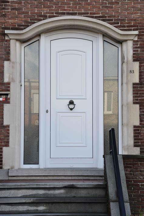 porte dentree pvc ou porte alu en neuve ou renovation