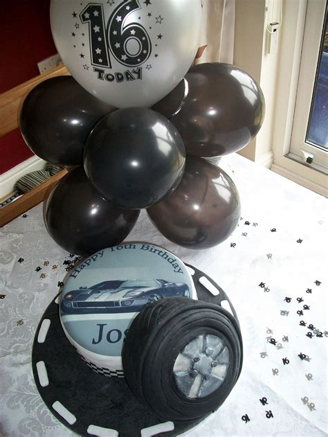 Here are a few fresh and fun ideas for dressing up your baby's first birthday cake: Pin on Sweet 16 for Boys