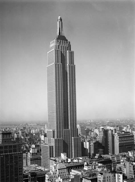 1930s New York City Empire State Building Full Length