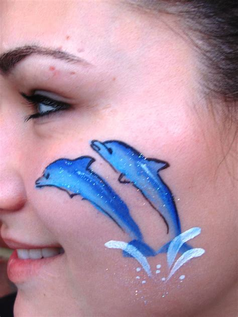 expressions face painting  popular cheek art