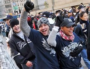 Hudson County Yankees fans brave crowds at parade | NJ.com