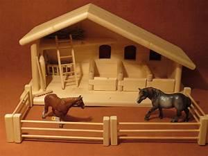 Pferdestall Aus Holz : holzspielzeug pferdestall stall krippe neu aus holz ein designerst ck von wejo bei dawanda ~ Eleganceandgraceweddings.com Haus und Dekorationen
