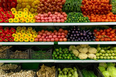 costco outsells  foods  organic produce sales