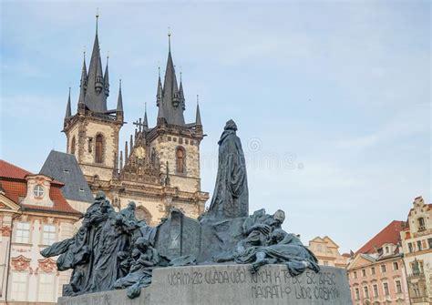 Fenster Und Tuerenhaus Mueller In Prag by Coramueller Coramueller Photos