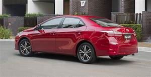 2017 Toyota Corolla sedan pricing and specs: New looks ...