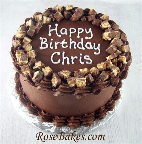 dark chocolate cake  dark chocolate filling frosting