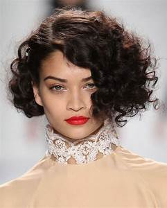 22 Popular Hairstyles For Curly Short Hair PixieBob