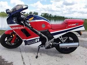 Petite Moto Honda : moto honda vf 1000 r moto scooter v lo motos honda ~ Mglfilm.com Idées de Décoration