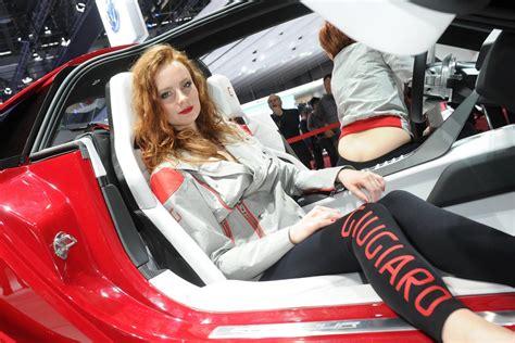 geneva motor show girls autotribute