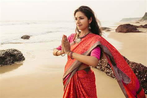 Traditional Saree Draping Styles - 18 traditional saree draping styles from different parts