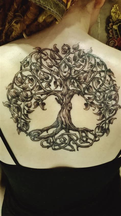 small tree tattoos designs