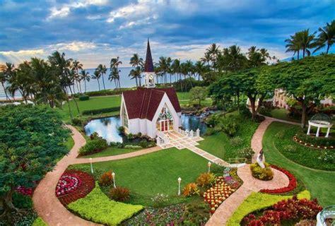 beautiful wedding venues  hawaii wild bunch weddings