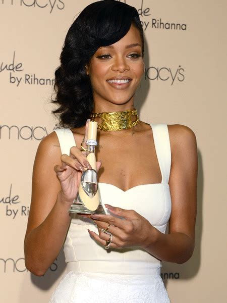 rihanna on nude perfume you want your girl to smell