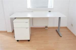 Weißer Teppich Ikea : wei er ikea schreibtisch mit schubladenschr nkchen in ~ Lizthompson.info Haus und Dekorationen