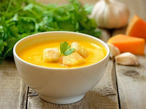 soupe de l 233 gumes aux 233 pices recette de soupe de l 233 gumes aux 233 pices marmiton