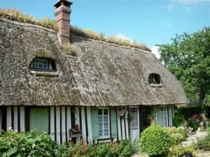 les 73 meilleures images du tableau toits de chaume sur With maison toit de chaume 6 les maisons typiques bretonnes